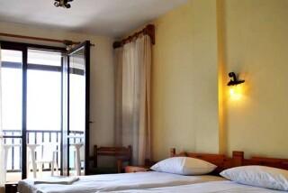 accommodation hotel maro inside