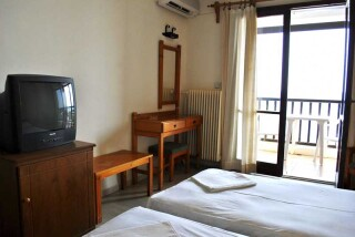 accommodation hotel maro interior