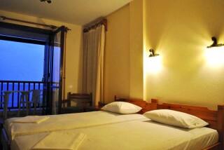 accommodation hotel maro room