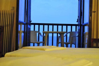 accommodation hotel maro sea view room