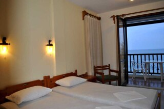 accommodation hotel maro sea view rooms