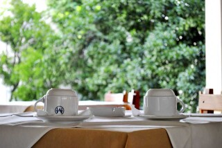 facilities hotel maro breakfast room